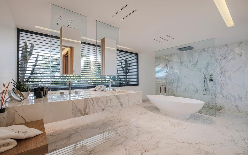 Ultra Luxury Modern Mansion Rental Cannes
